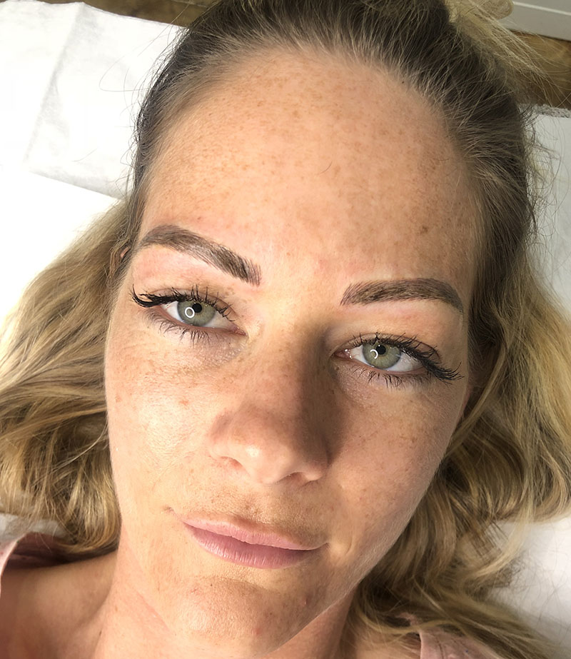 Cosmetic Tattooing Melbourne | Eyebrow Tattooing | Cosmetique Tattooing | Melbourne's leading Cosmetic Eyebrow & Eyeliner tattooist located in East Doncaster | Book Now